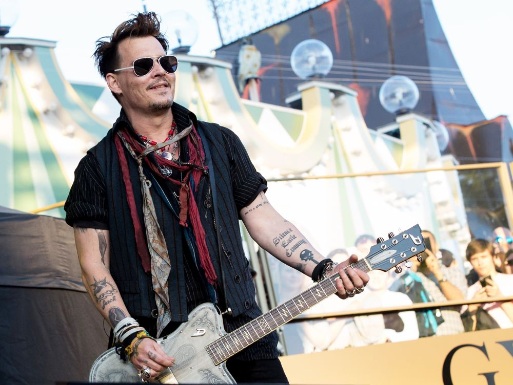 Johnny Depp<br>Johnny Depp Performs with The Super Group Hollywood Vampires