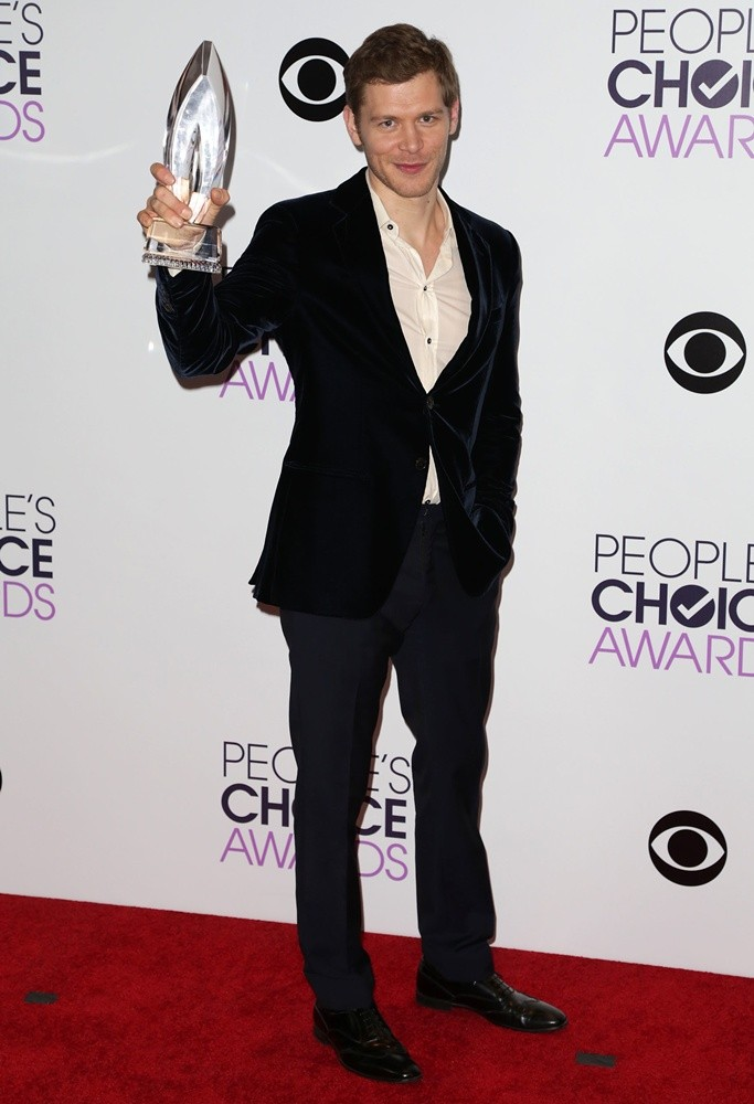 Joseph Morgan<br>The 40th Annual People's Choice Awards - Press Room