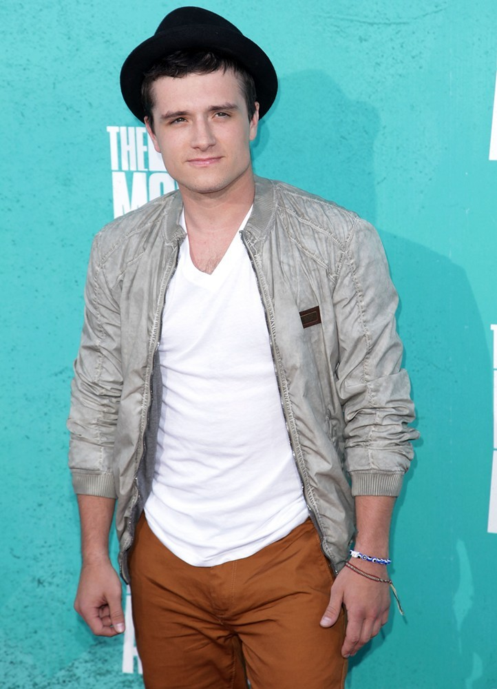 Josh Hutcherson Picture 59 - LOGO's 2012 NewNowNext Awards