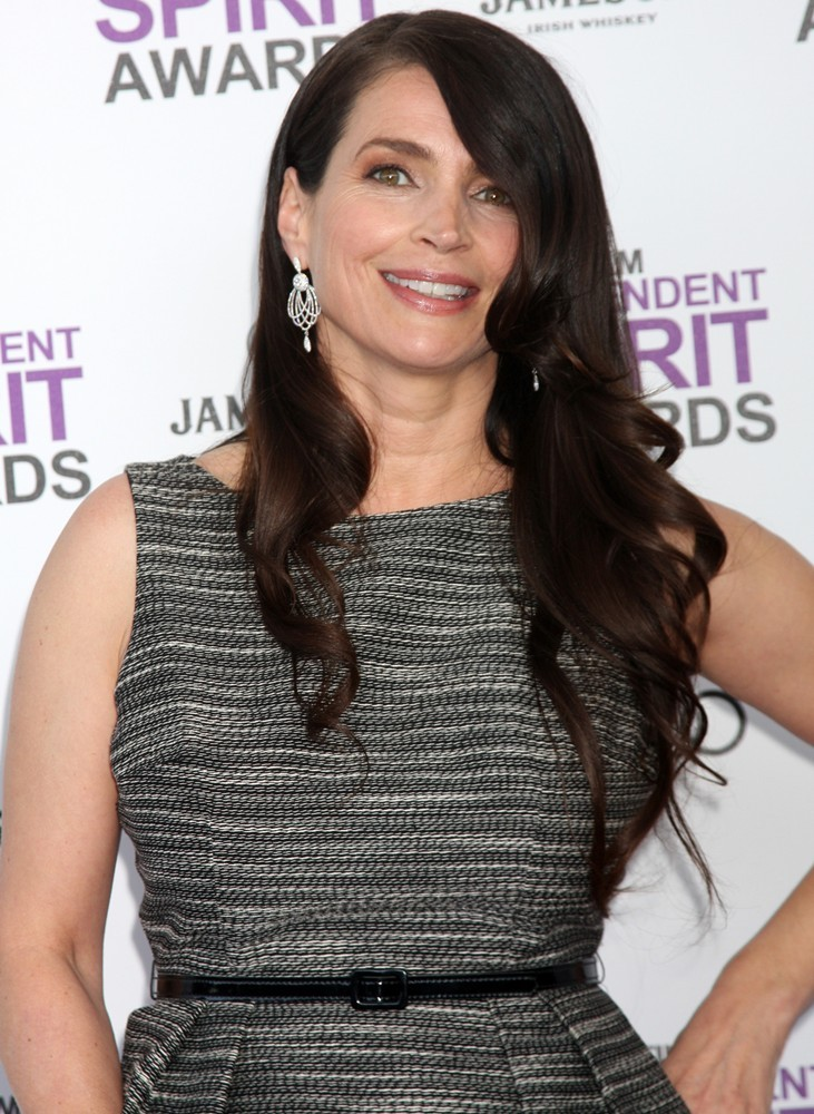 Julia Ormond<br>27th Annual Independent Spirit Awards - Arrivals
