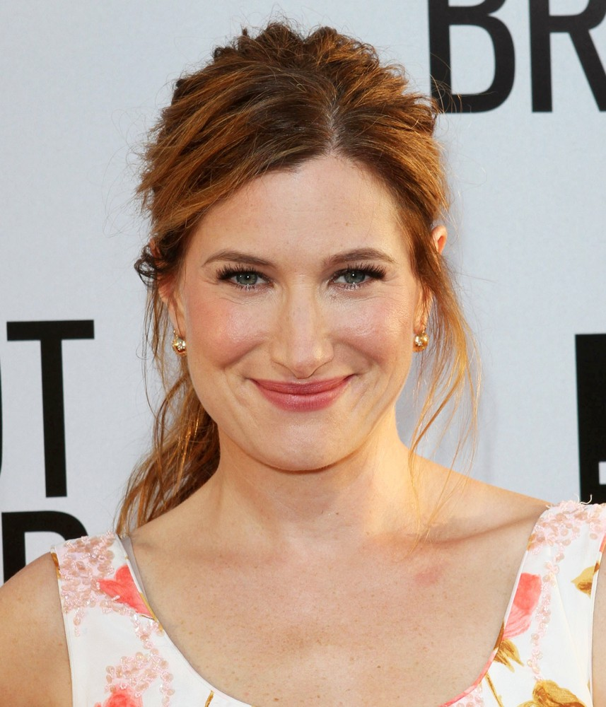Kathryn Hahn Net Worth