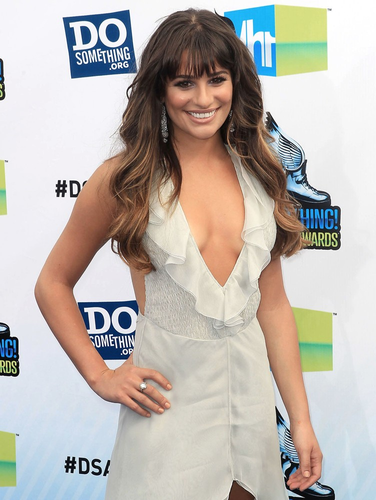 http://www.aceshowbiz.com/images/wennpic/lea-michele-2012-do-something-awards-03.jpg