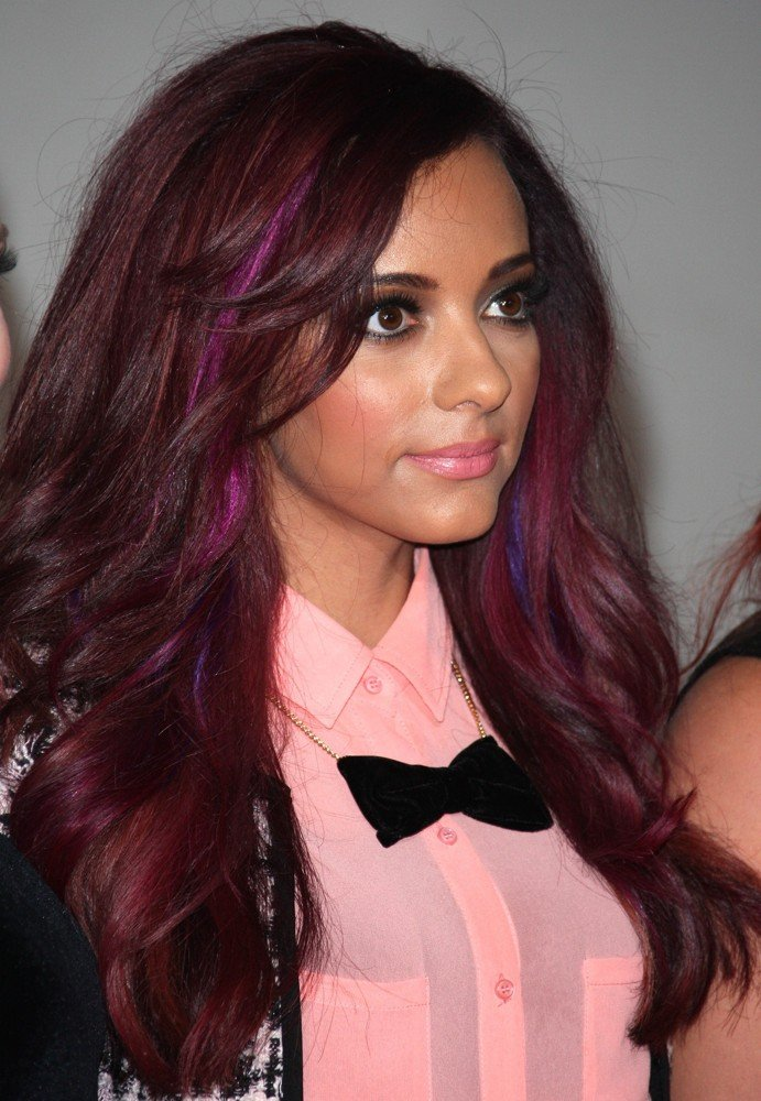 For the girls asking for Jade's hair color: