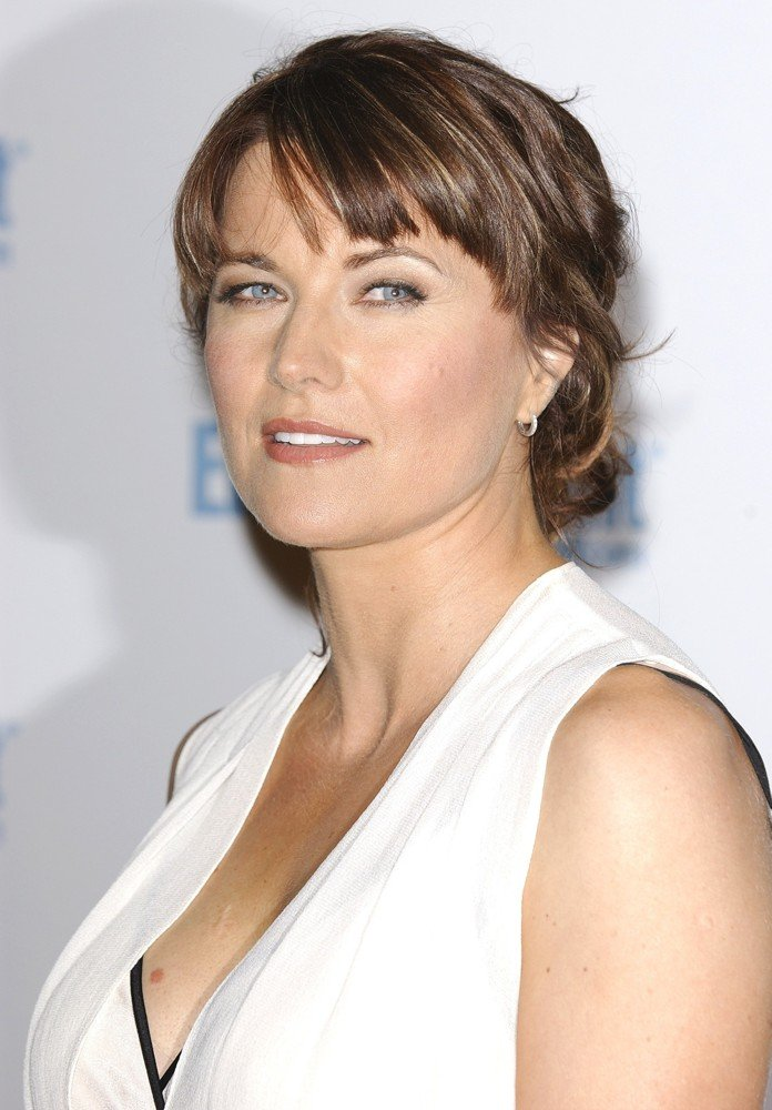 Lucy Lawless Net Worth