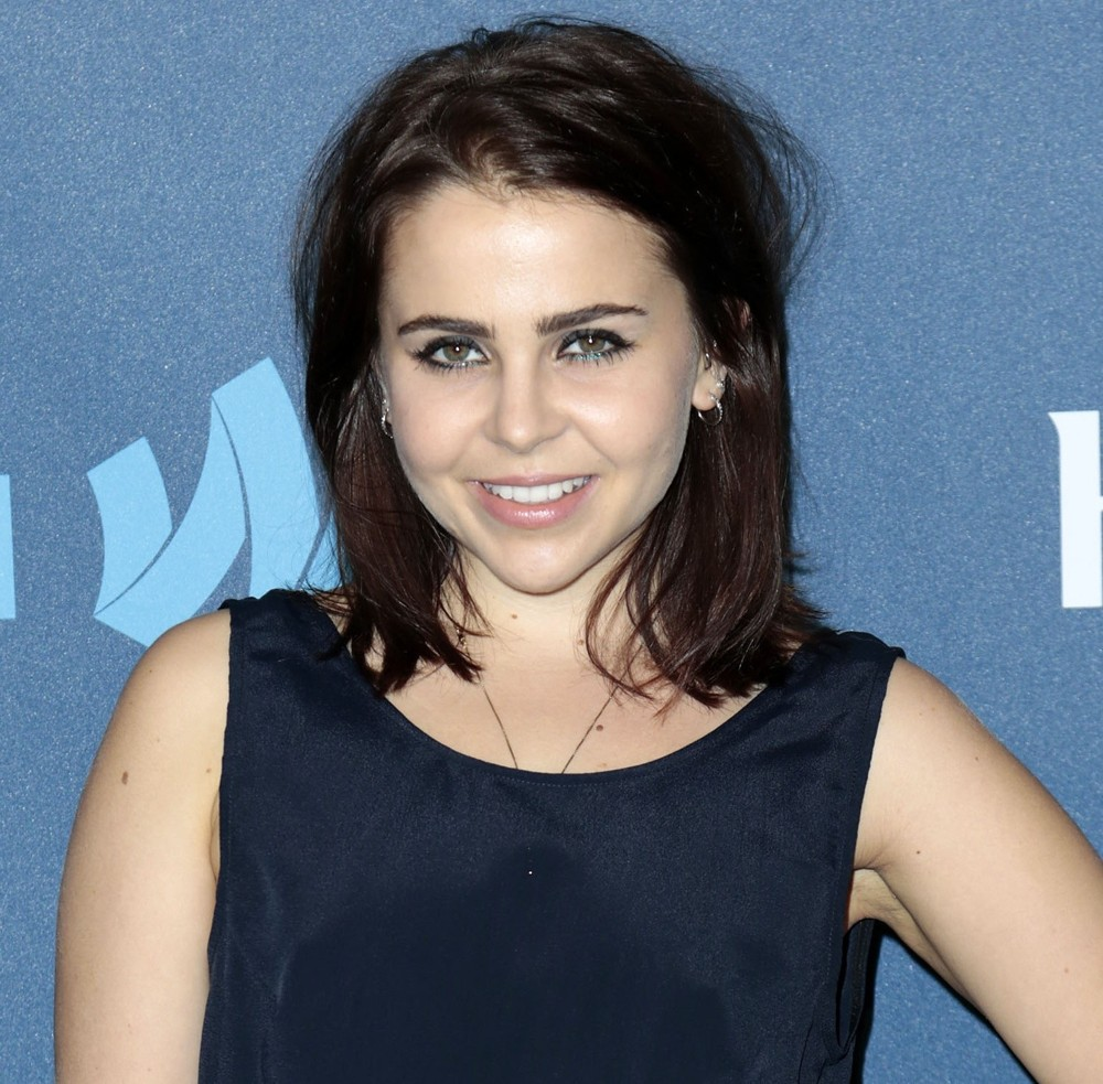 Mae Whitman Net Worth