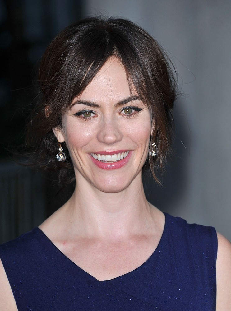 Maggie Siff - maggie-siff-premiere-sons-of-anarchy-season-4-01