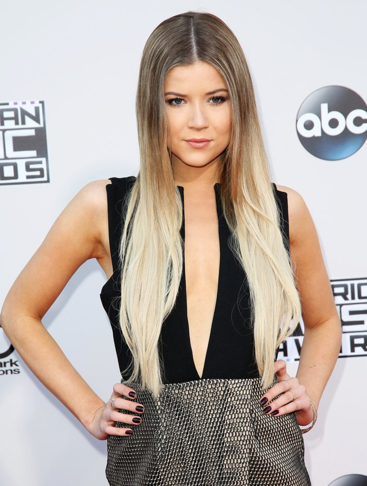 meghan rienks picture 1 american music awards 2015