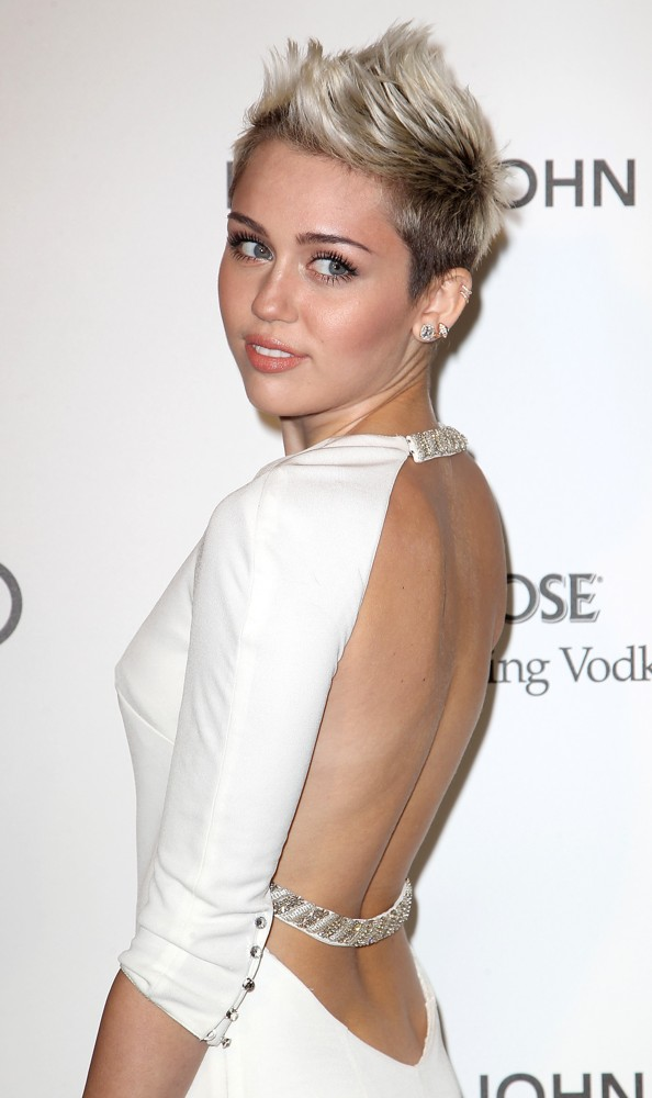 Miley Cyrus<br>21st Annual Elton John AIDS Foundation's Oscar Viewing Party