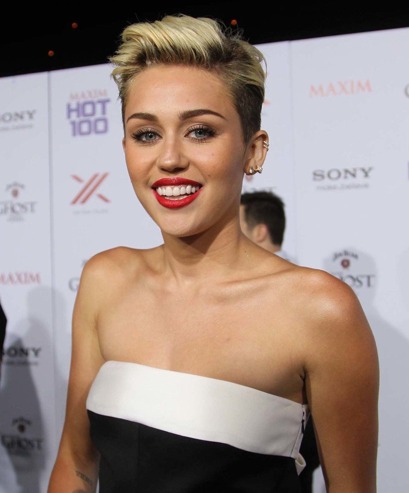 Miley Cyrus Picture 447 - The Maxim Hot 100 Party - Arrivals-4106