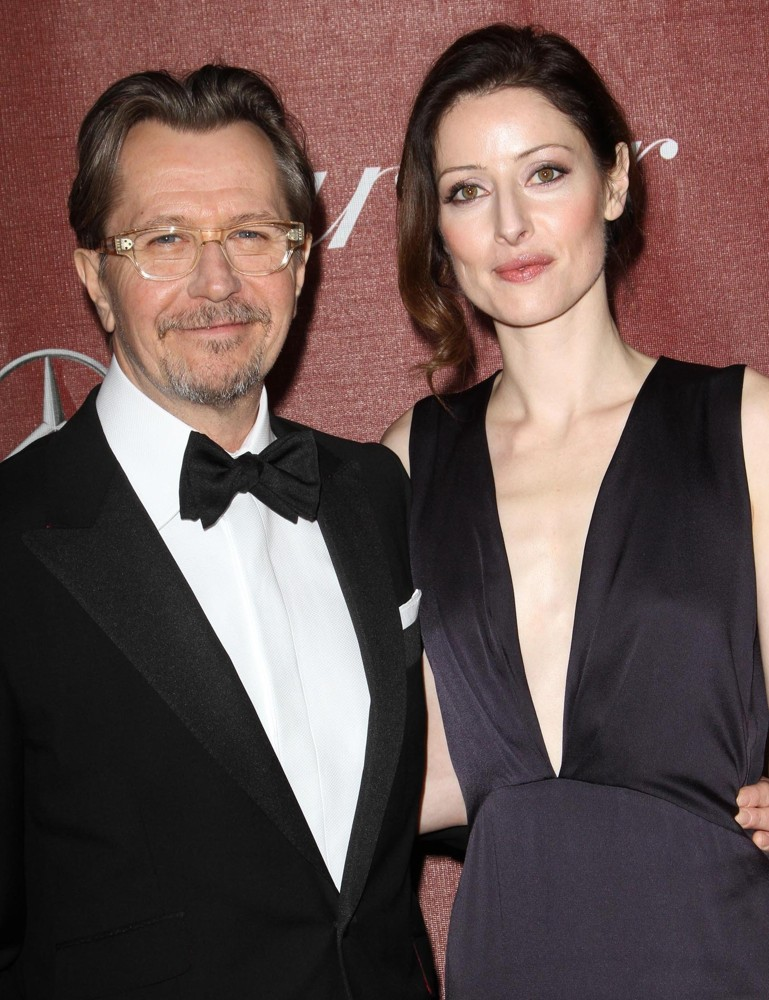 Gary Oldman, Alexandra Edenborough<br>The 23rd Annual Palm Springs International Film Festival Awards Gala - Arrivals