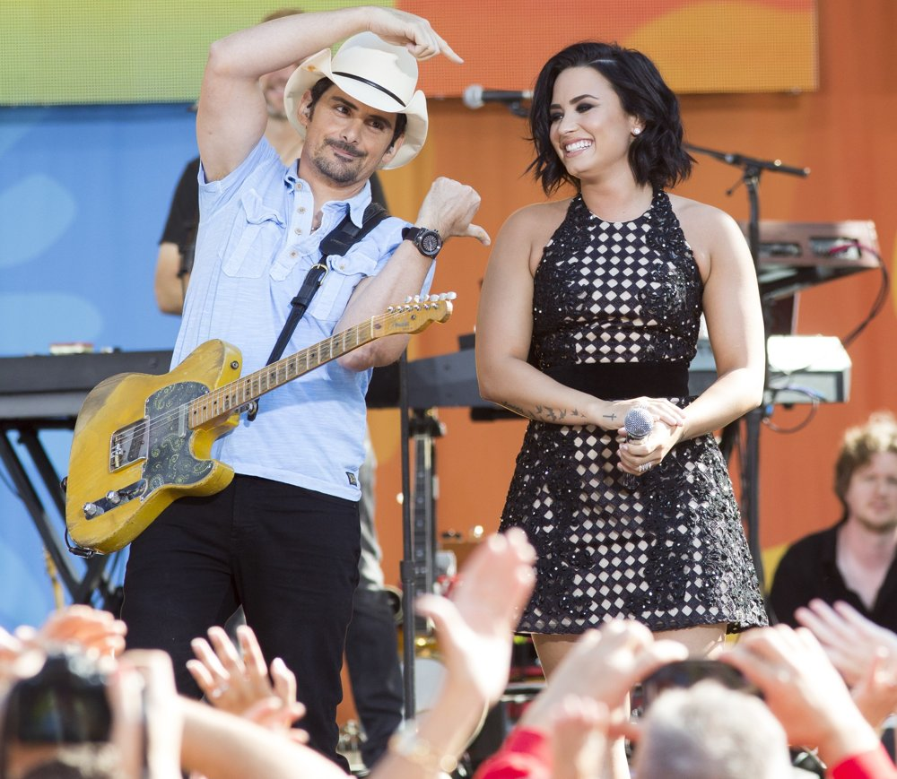 Good Morning America Performances : Brad paisley picture and demi lovato on