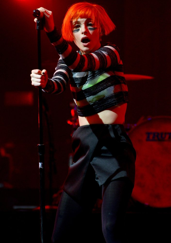Hayley Williams, Paramore<br>DirecTV's 8th Annual Celebrity Beach Bowl - Performance