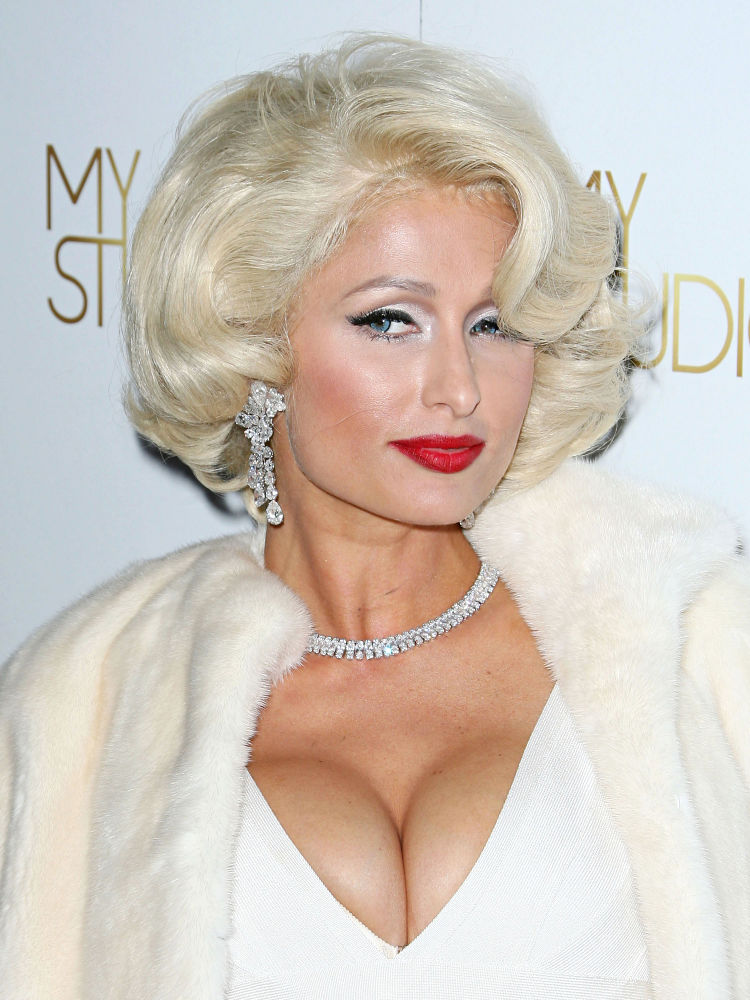 In Pics Paris Hilton Transformed Herself Into Marilyn