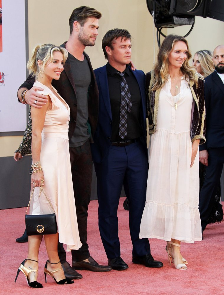 Elsa Pataky, Chris Hemsworth, Luke Hemsworth, Samantha Hemsworth<br>Once Upon a Time in Hollywood Premiere