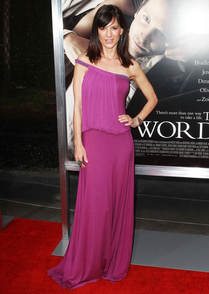Perrey Reeves<br>The Premiere of CBS Films' The Words - Red Carpet