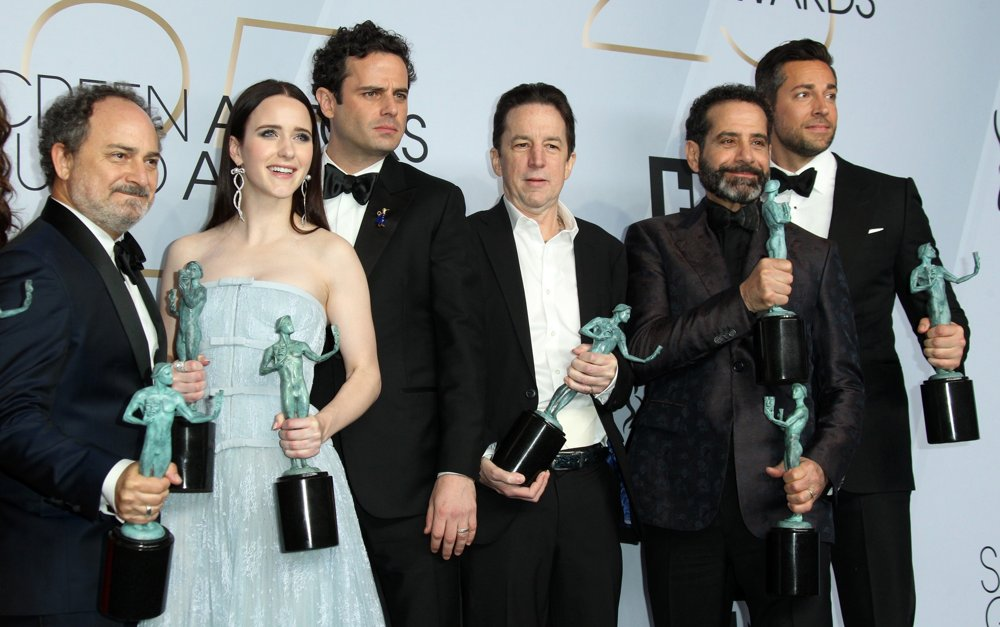 Kevin Pollak, Rachel Brosnahan, Luke Kirby, Brian Tarantina, Tony Shalhoub, Zachary Levi<br>25th Annual Screen Actors Guild Awards - Press Room