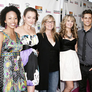 Karissa Tynes, Anna Mae Routledge, Debby Ryan, Jean-Luc Bilodeau in Disney Channel's Premiere of '16 Wishes'