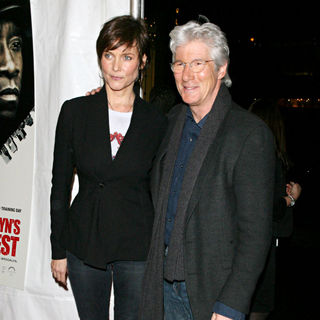 Richard Gere, Carey Lowell in New York Premiere of 'Brooklyn's Finest'