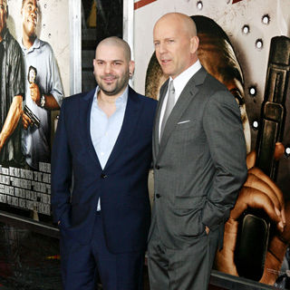 Bruce Willis in The NY Movie Premiere of 'Cop Out' - Cop_Out_Premiere_036_wenn5433949
