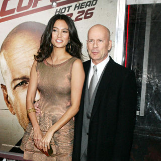Bruce Willis in The NY Movie Premiere of 'Cop Out' - Cop_Out_Premiere_202_wenn5433955