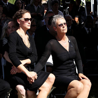 Jamie Lee Curtis in The Funeral for Actor Tony Curtis