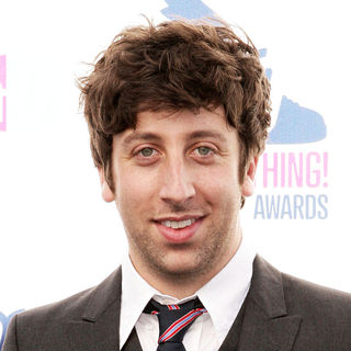 Simon Helberg in 2010 VH1 Do Something Awards