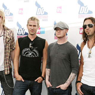 Lifehouse in 2010 VH1 Do Something Awards - Do_Something_Awards_032_wenn2931574