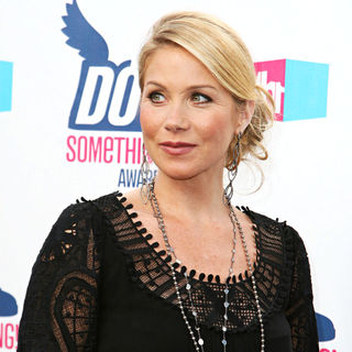 Christina Applegate in 2010 VH1 Do Something Awards
