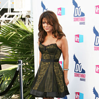 Paula Abdul in 2010 VH1 Do Something Awards