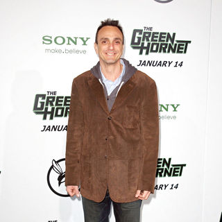 "Hank Azaria in Premiere of Columbia Pictures ""The Green Hornet"" - Arrivals"