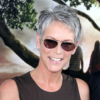 "Jamie Lee Curtis in Los Angeles Premiere of ""Flipped"""