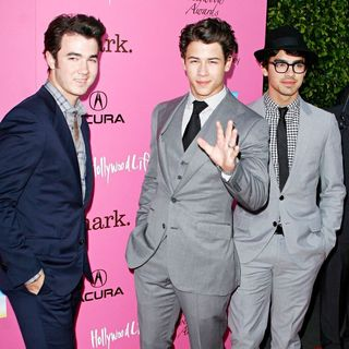 The 12th Annual Young Hollywood Awards - Arrivals