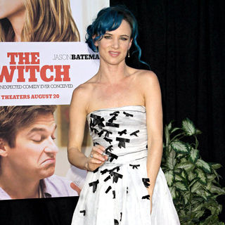 Juliette Lewis in The Los Angeles Movie Premiere of 'The Switch'