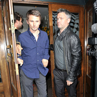 Matthew Bellamy, Muse in Kate Hudson and Matthew Bellamy Outsite The Ivy Restaurant and Heads to The Groucho Club