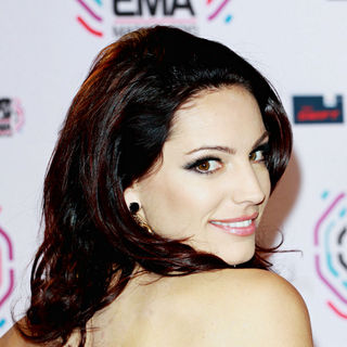 Kelly Brook in MTV Europe Music Awards 2010 - Press Room
