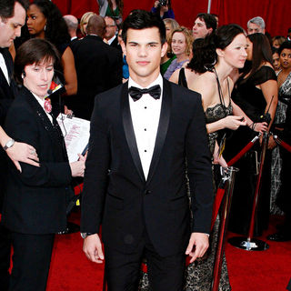 Taylor Lautner in The 82nd Annual Academy Awards (Oscars) - Arrivals