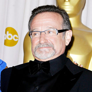 Robin Williams in The 82nd Annual Academy Awards (Oscars) - Press Room