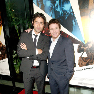 Adrian Grenier, Kevin Connolly in Los Angeles Premiere of HBO's 'Teenage Paparazzo' - Arrivals