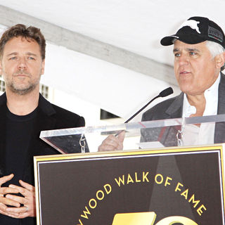 Russell Crowe, Jay Leno in Russell Crowe is honoured with the 2404th star on the Hollywood Walk of Fame