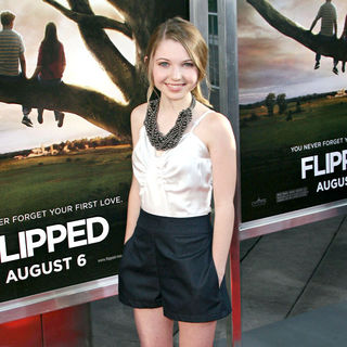 "Sammi Hanratty in Los Angeles Premiere of ""Flipped"""