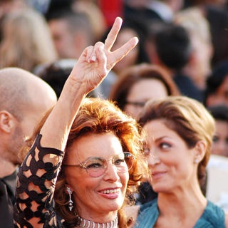 Sophia Loren in 16th Annual Screen Actors Guild Awards - Arrivals