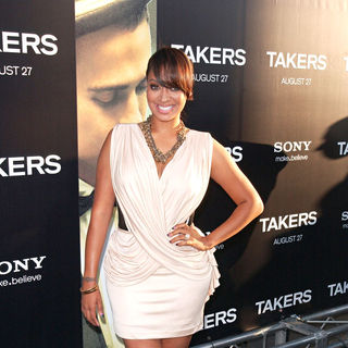 La La Vazquez in Los Angeles Premiere of 'Takers' - Arrivals