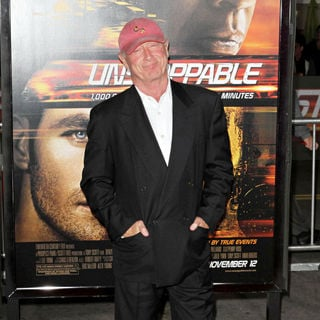 "Tony Scott in Los Angeles Premiere Of ""Unstoppable"""