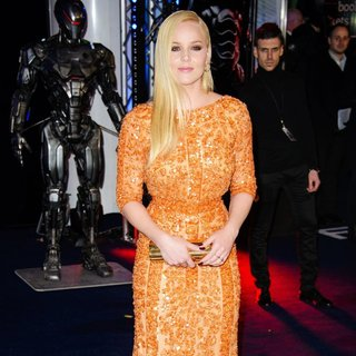 The World Premiere of RoboCop - Arrivals - abbie-cornish-uk-premiere-robocop-03