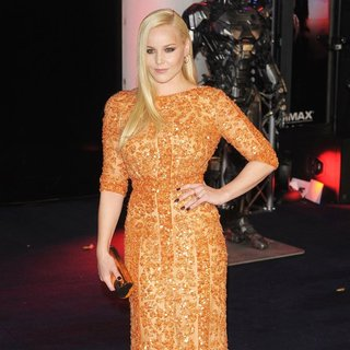 Abbie Cornish in The World Premiere of RoboCop - Arrivals