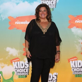 Abby Lee Miller in Nickelodeon's 2016 Kids' Choice Awards - Arrivals