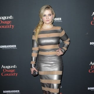 Abigail Breslin in The Weinstein Company Presents The LA Premiere of August: Osage County