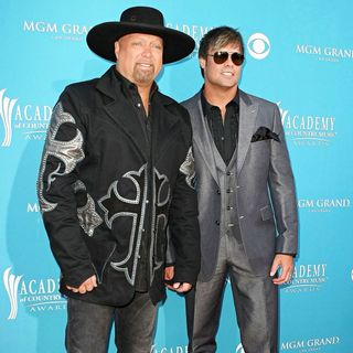 Montgomery Gentry in The 45th Annual Academy of Country Music Awards - acm_arrivals_002_wenn5462709