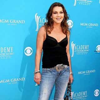 Gretchen Wilson in The 45th Annual Academy of Country Music Awards
