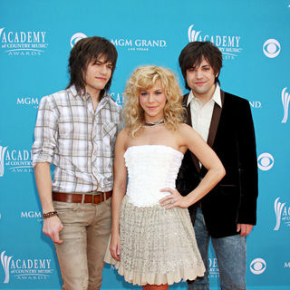 The Band Perry in The 45th Annual Academy of Country Music Awards